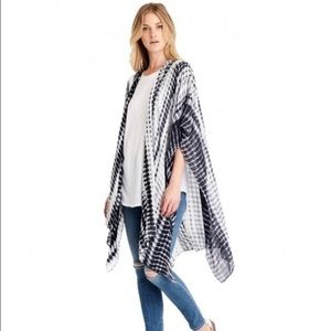 NWT Michael Stars scarf/sarong/ruana